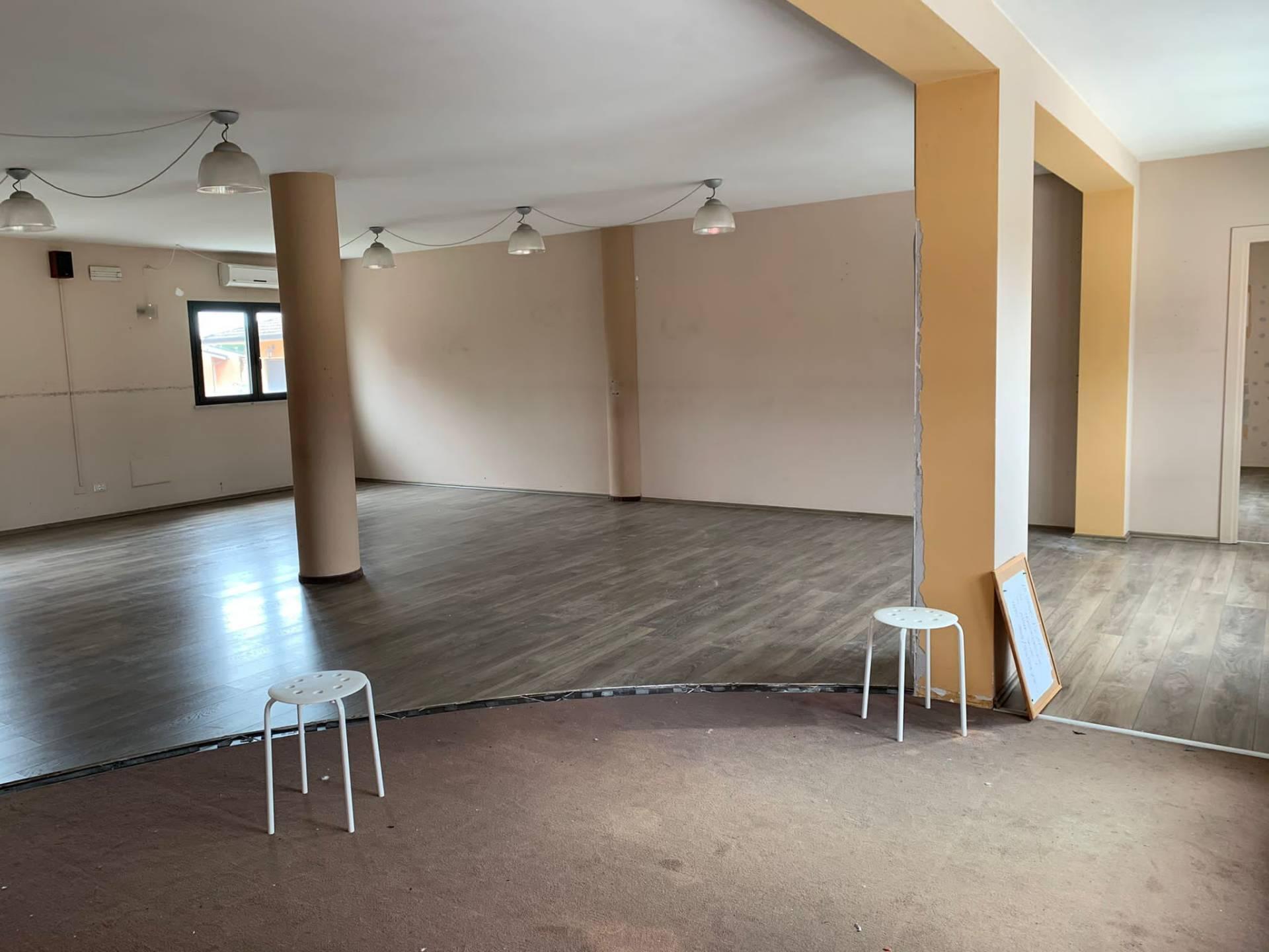Ufficio in affitto - Pietrasanta