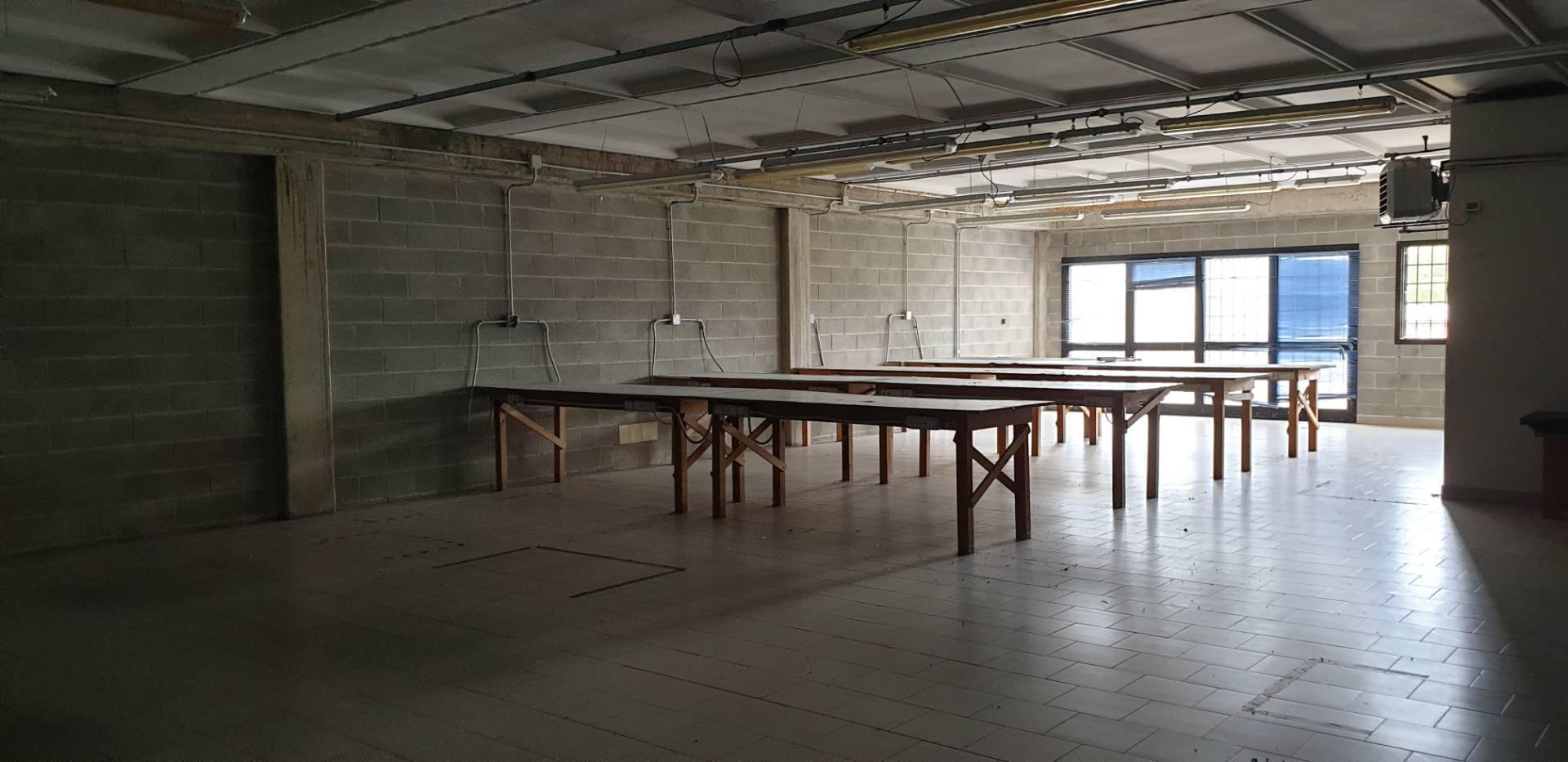 Capannone in affitto a Montespertoli, 9999 locali, prezzo € 2.200 | CambioCasa.it