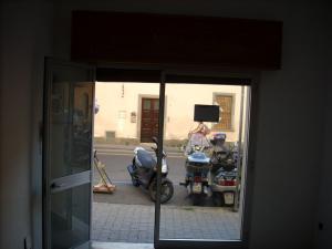 Attività commerciale a Pisa (2/5)