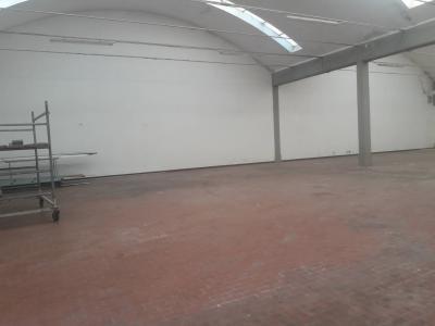 Attività commerciale in affitto a Ponsacco