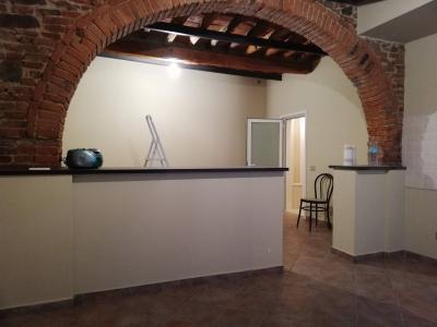 Attività commerciale a Santa Croce sull'Arno (1/5)